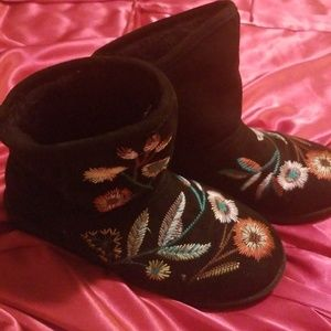 Shoes - Boots with fur interior